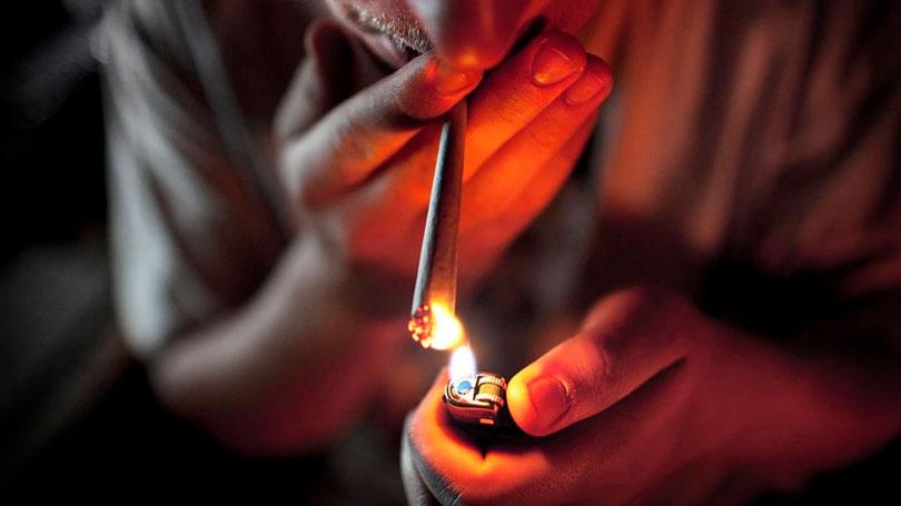 Fumar maconha é crime